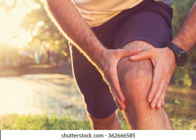 Jogging injury. Warp up before any exercise.