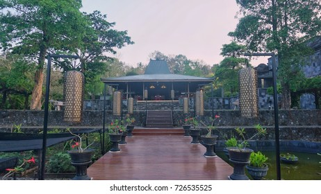 joglo - traditional house from indonesia