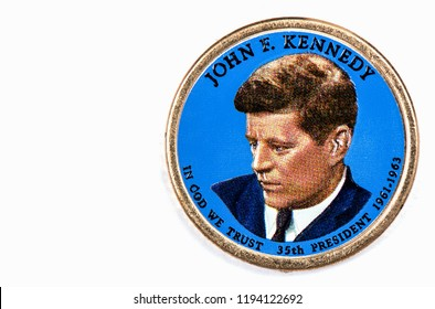 John F. Kennedy Presidential Dollar, USA coin a portrait image of HARRY S. TRUMAN in God We Trust 35th PRESIDENT 1965-1963 on $1 United State of America, Close Up UNC Uncirculated - Collection