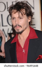 JOHNNY DEPP at the 63rd Annual Golden Globe Awards at the Beverly Hilton Hotel. January 16, 2006  Beverly Hills, CA  2006 Paul Smith / Featureflash