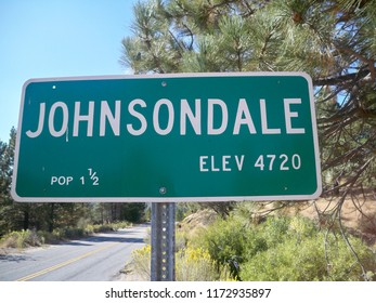 Johnsondale street sign