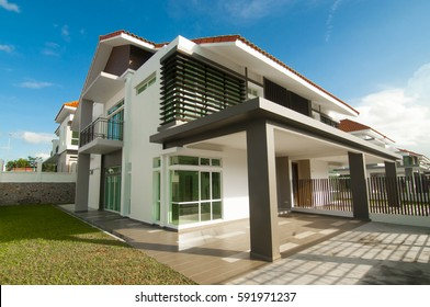 Johor Baharu, Malaysia - 30 Feb 2017 : The modern housing area located in Johorm Baharu. According to property advisor, 2017 is the suitable time to buy property in Johor Baharu.
