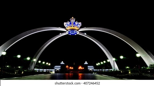 JOHOR BAHRU, MALAYSIA â?? APRIL 7, 2016: Istana Bukit Serene is the royal palace and official residence of the Sultan of Johor, located in Johor Bahru, Malaysia. The crown arch complements the palace.