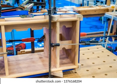 Joiner's workbench with a vise. Clamps joinery for wood. Bench holders on wood. Joinery. Woodworking. Carpentry.