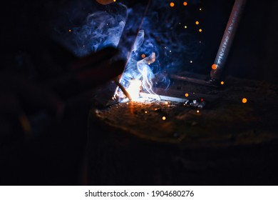 joining metals by electric arc welding