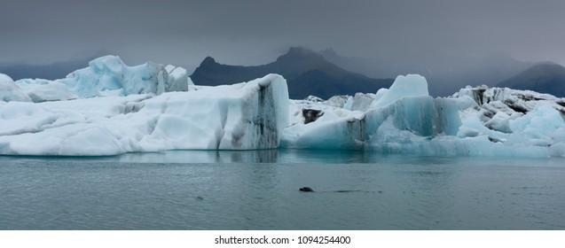 Jokulsarlon (Glacial river lagoon), a large glacial lake on the edge of Vatnajokull National Park in southeast Iceland