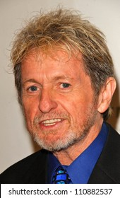 Jon Anderson at the Hollywood Gala for Farm Animals. Beverly Hills Hotel, Beverly Hills, CA. 09-08-07