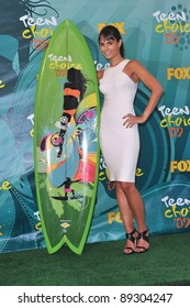 Jordana Brewster at the 2009 Teen Choice Awards at the Gibson Amphitheatre Universal City. August 9, 2009  Los Angeles, CA Picture: Paul Smith / Featureflash