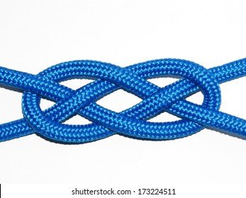The Josephine knot, (Carrick Bend) consists of two intertwined eyes and is very stable.