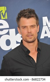 Josh Duhamel arrives at the 2011 MTV Movie Awards at the Gibson Amphitheatre, Universal Studios, Hollywood. June 5, 2011  Los Angeles, CA Picture: Paul Smith / Featureflash