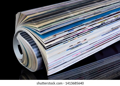 The journal is a printed periodical, on a black creative background, has a constant rubrication, contains articles or essays on various socio-political, scientific, industrial, literary and artistic