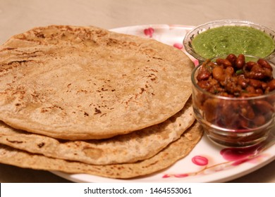 Jowar ki Roti with Rajma & Pudina chutney