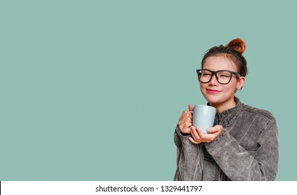 The joy of Asian women who have drink.Focus on face