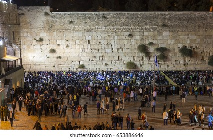 JRUSALEM OLD TOWN, ISRAEL - OCTOBER 31, 2014: Shabbat celebration at Kotel (Western Wall). It is usually much more people the on Friday night than any other time of the week.