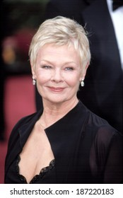 Judi Dench at the Academy Awards, 3/24/2002, LA, CA