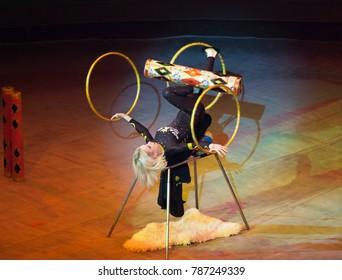 juggler performance in the circus
