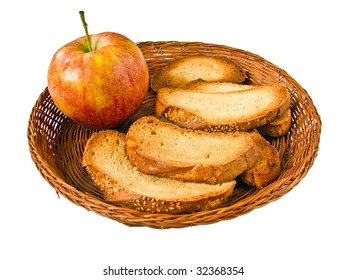 Juicy apple and chunky toasts to morning meal