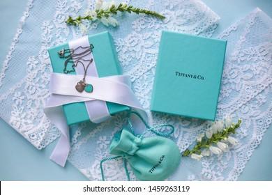 Jul.23, 2019: foto. Tiffany jewelry. Tiffany box