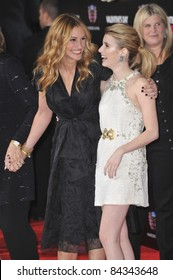"""Julia Roberts (left) & Emma Roberts at the world premiere of """"Valentine's Day"""" at Grauman's Chinese Theatre, Hollywood. 02-08-10  Los Angeles, CA Picture: Paul Smith / Featureflash"""