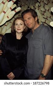Julianne Moore, Jeff Bridges at the New York premiere of BIG LEBOWSKI, 2/23/98