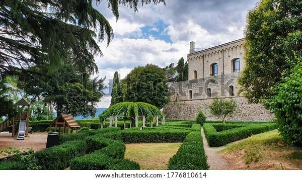 july-07-2020-montepulciano-tuscany-600w-
