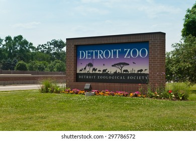 July 11. 2015. Detroit Zoo. Sign. Detroit. MI, USA