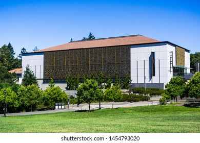 July 13, 2019 Berkeley / CA / USA - C. V. Starr East Asian Library the largest of its kind in the United States with over 1 million volumes) building in the campus of UC Berkeley, San Francisco Bay