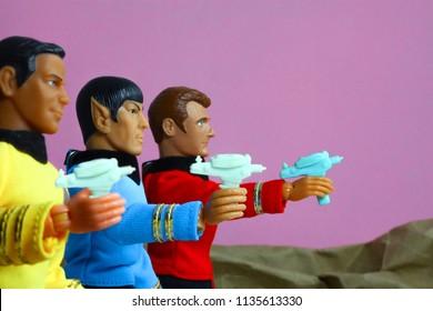 Star Trek TOS Phaser Rifle for MEGO Action Figures