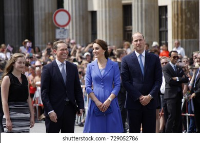 JULY 19, 2017 - BERLIN: Michael Mueller, Prince William with Kate - the British Royal couple in front of the Brandenburg Gate, Berlin.