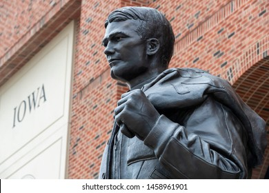 July 21, 2019 - Iowa City, Iowa, USA: Statue of Nile Clarke Kinnick Jr. who was a student and a college football player at the University of Iowa.