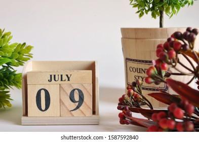 July 9, Vintage natural calendar.