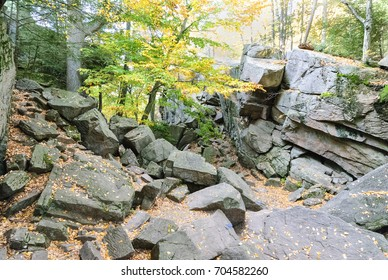 Jumble of granite at Purgatory Chasm State Reservation