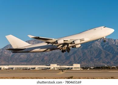Jumbo jet takeoff