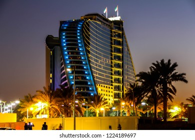 Jumeirah Beach Hotel Dubai 8/10/2018 - Beautiful Night view of Jumeirah Beach Hotel, Dubai, UAE