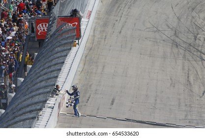 Nascar Racing Images, Stock Photos & Vectors | Shutterstock