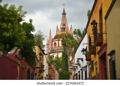 June 1, 2018. Panoramic view of the Gothic architecture Parroquia de San Miguel Arcángel and Colonial buildings of the historic San Miguel de Allende in Guanajuato Mexico.