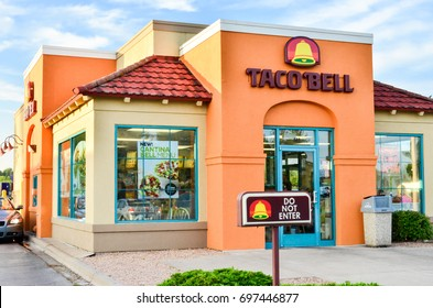 JUNE 11 2017 - HINCKLEY, MINNESOTA: A Taco Bell fast food restaurant still has the vintage exterior look from the 1980s era.