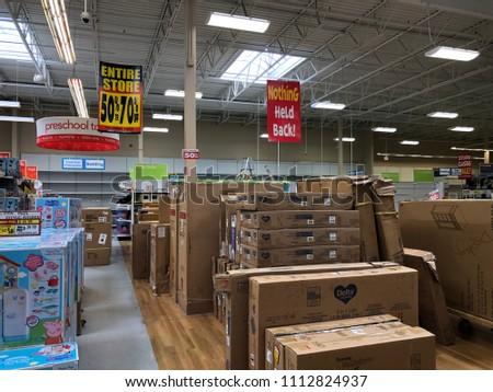 June 13 2018 Maple Grove Mn Stock Photo Edit Now 1112824937