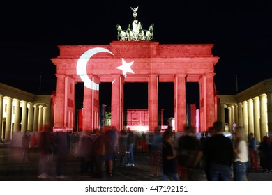 """JUNE 29, 2016 - BERLIN: the """"Brandenburger Tor"""" (Brandenburg Gate) is illuminated in the colors of the turkish flag as a sign of solidarity  after the (islamistic) terror attacks in Istanbul."""