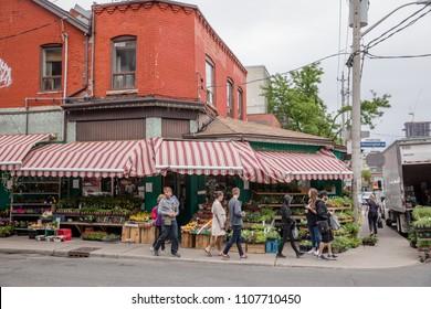 Toronto Neighbourhoods Images, Stock Photos & Vectors