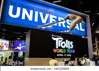 June 5, 2019, LAS VEGAS, NEVADA, USA, Attendees Line up to Meet with Licensing Partners in the Universal Brand Development Booth at the 2019 Licensing Expo Trade Show