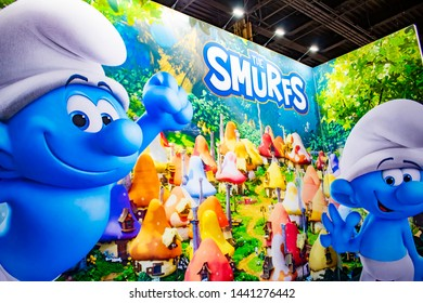 June 5, 2019, LAS VEGAS, NEVADA, USA, Larger-Than-Life Artwork Draws Guests into the Smurfs Booth at the 2019 Licensing Expo Trade Show