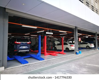 June 7, 2019 - Actmar Honda Klang, Malaysia. New wing of local car service centre in Malaysia that consists of service counter for customers and spacious workshop facilities.