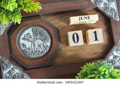 June month with elephant silver wooden design, Date 1.