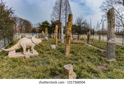 Jurassic wood fossil forest construction in Fuyang City, Henan Province