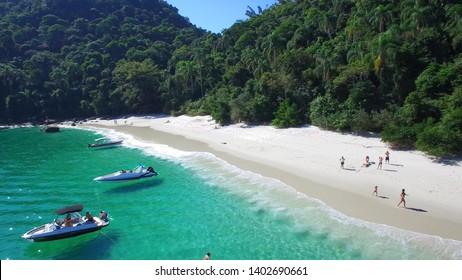 Jurubaiba Beach (Dentist) - Gipóia Island - Angra dos Reis - Rio de Janeiro - Brazil
