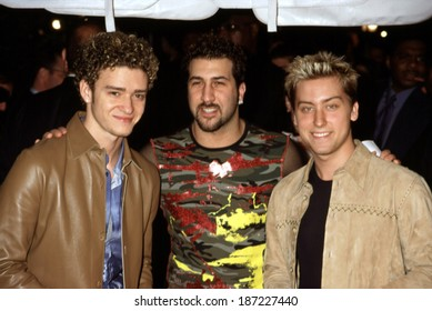 Justin Timberlake, Joey Fatone, Lance Bass, of NSync, at premiere of Coyote Ugly, NY 7/31/00