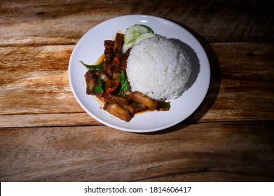 ka prao mooh krop Crispy Pork Basil with rice Thai food