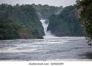 Kabalega Falls