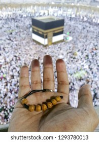 Kabbah, Mecca with hand and tasbih